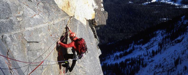 Why Economists Should Climb a Mountain
